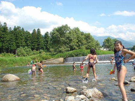 夏休みファミリー自然体験&田舎体験〜川遊び・昆虫採集・渓流釣りができる宿