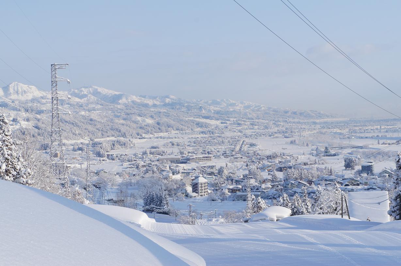 年末年始のスキー&スノーボード宿泊 石打丸山スキー場ゲレンデ前のペンションで年越し&お正月!   ★大人4名以上連泊で年末年始料金の割引有!